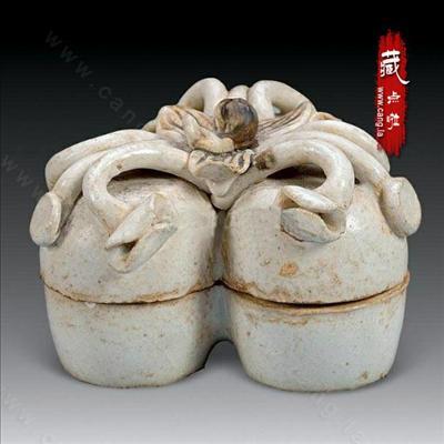 北宋湖田窑青白釉 点褐彩三联盖盒